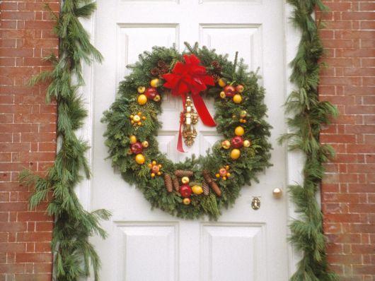 guirlanda enfeites para porta de Natal