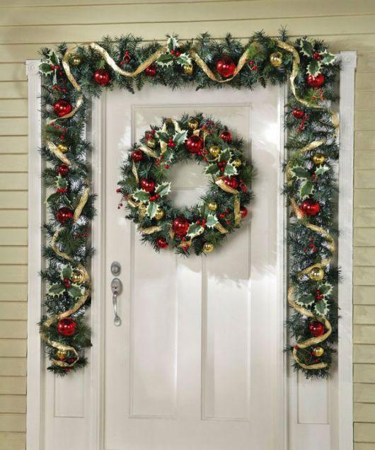 enfeites para porta de Natal clássicos