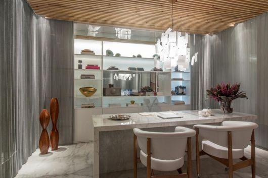 estante para sala de jantar diferente