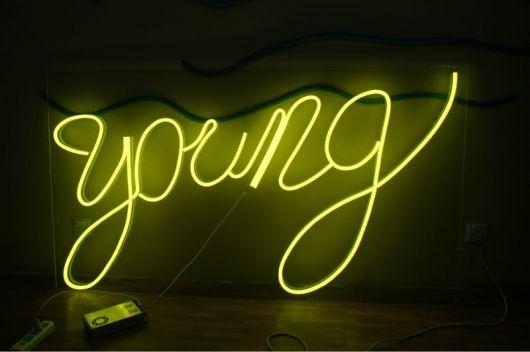 letreiro luminoso de LED
