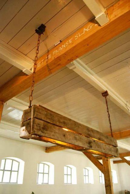 luminária de madeira para varanda