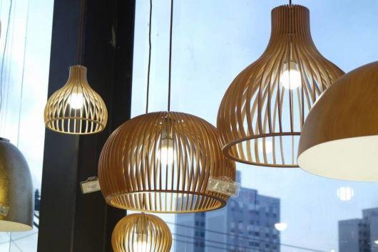 luminária de madeira pendente chique