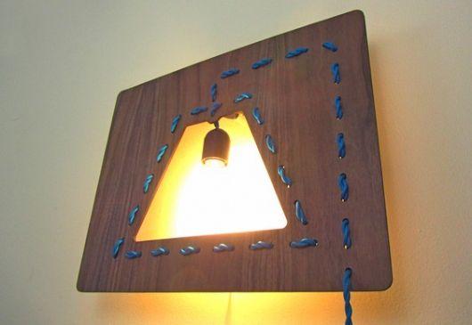 luminária de madeira de parede diferente