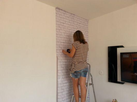 papel de parede de tijolinho branco colocação