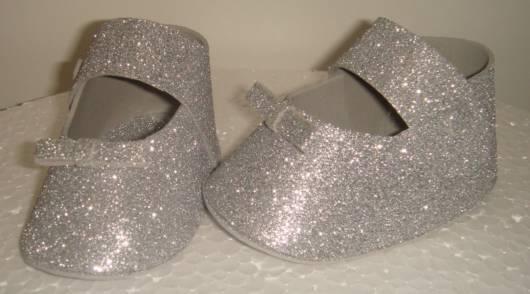sapatinho de EVA glitter prata