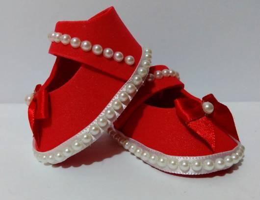 sapatinho de eva vermelho com perola