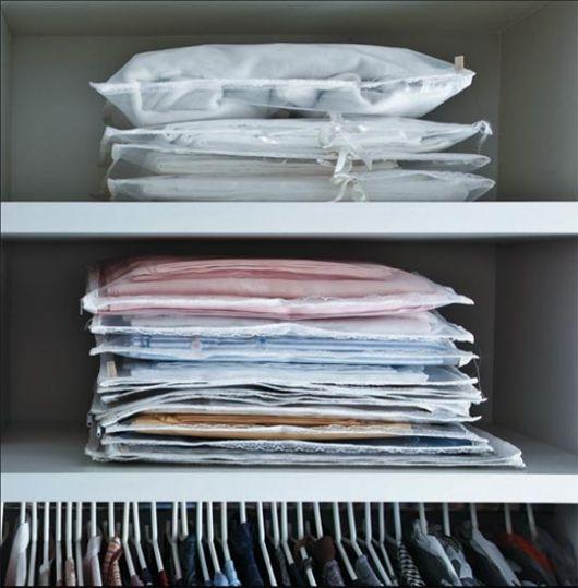 como organizar guarda-roupa lençois