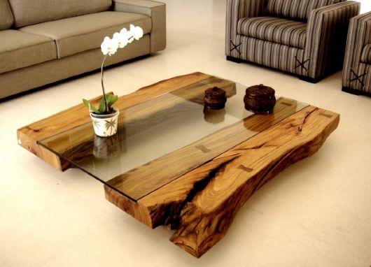 mesa de centro de vidro com madeira
