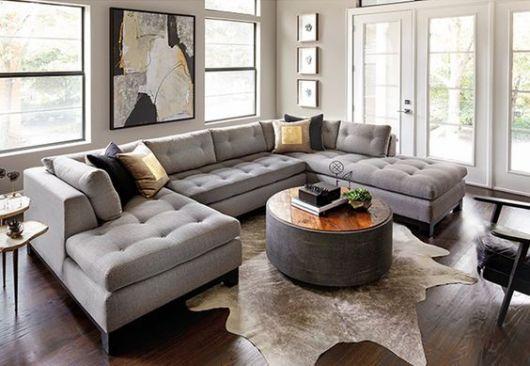 sofá cinza com chaise