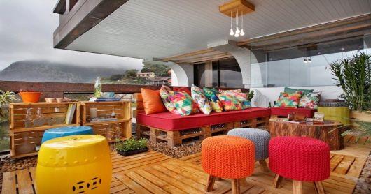 decoração colorida varanda