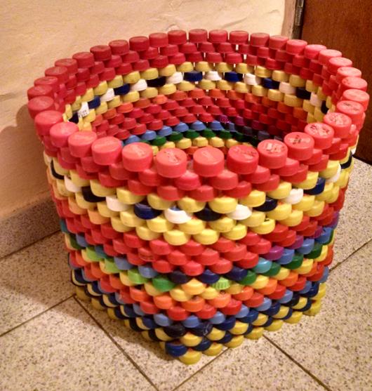artesanato com tampinha de garrafa PET