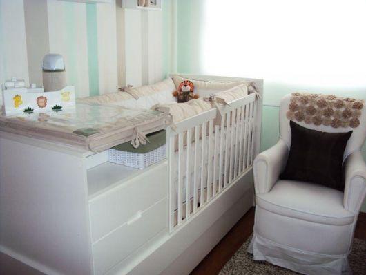decoração simples quarto de bebê menino