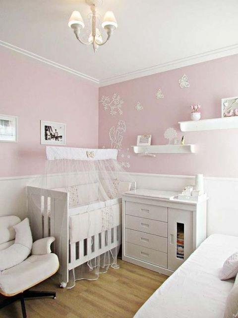 quarto rosa e branco