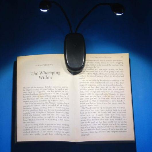 luminária para leitura com clip
