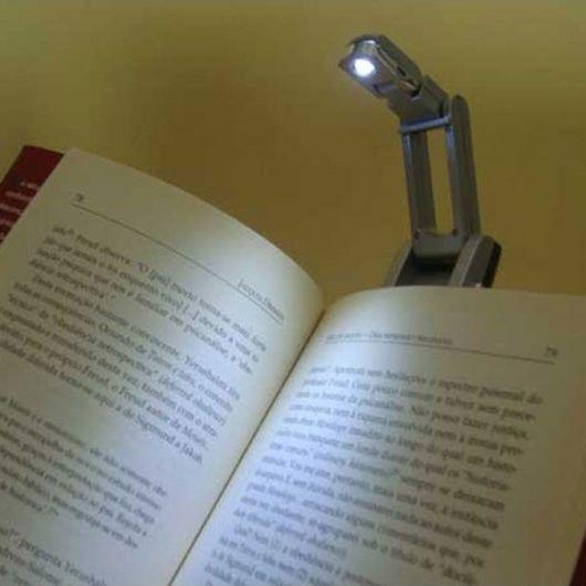 mini luminária para leitura