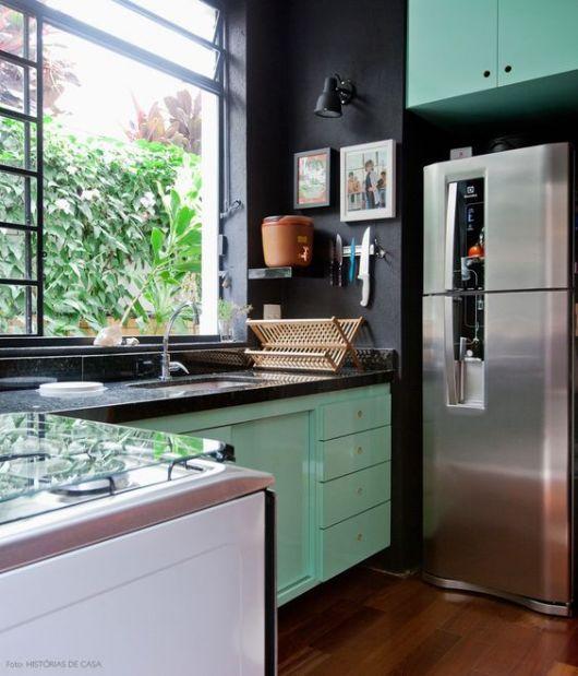 parede preta cozinha