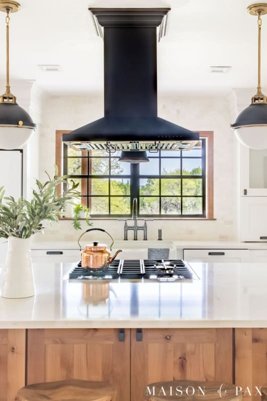 Janela preta para cozinha moderna