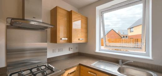 Modelos de janelas de PVC para cozinha de madeira