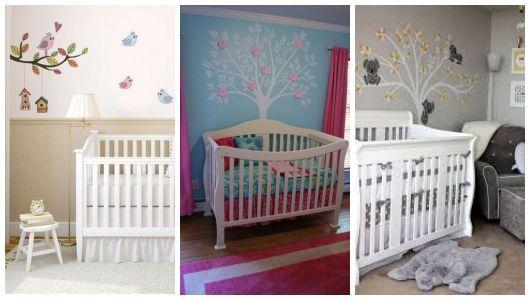Três imagens de quartos com papel de parede de árvore.