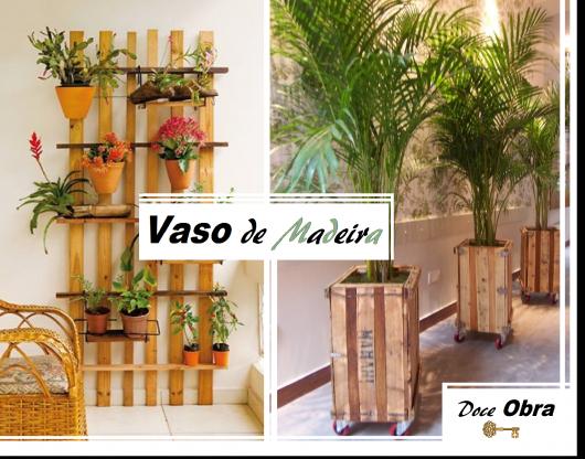 Imagem de vasos de madeira com flores coloridas.