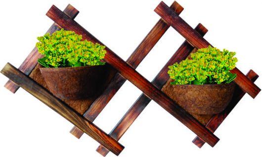 Modelo de vaso de madeira para parede com design diferente com dois vasinhos.