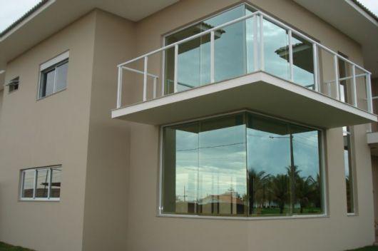 Esquadria de alumínio com vidro