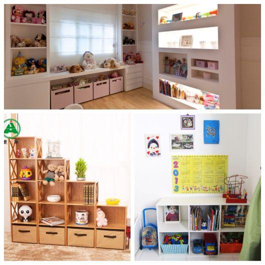 estante para brinquedos com livros