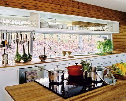 Janela para cozinha de vidro.