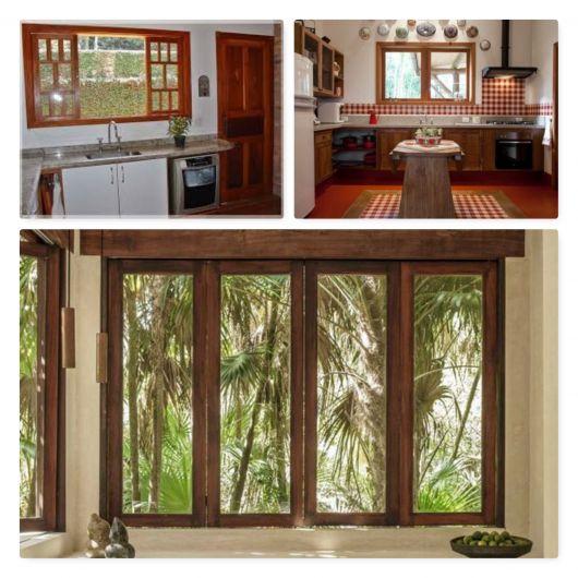 Cozinhas com janelas de madeira.