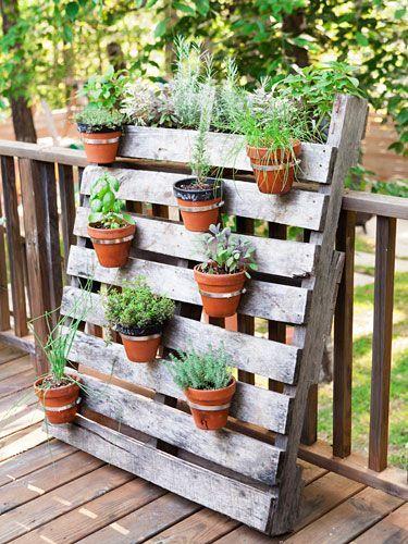 jardim com paletes vertical