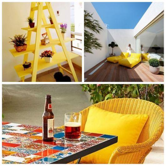 Móveis amarelos na varanda.