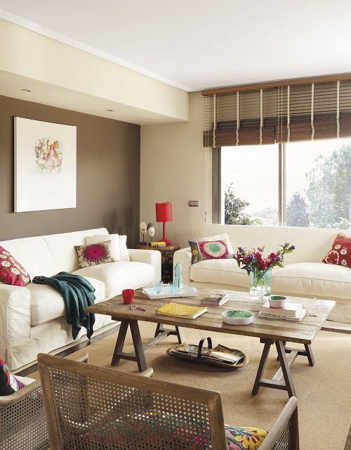 Quadro minimalista na decoração da sala.