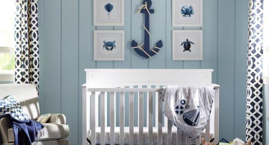 quarto de bebê marinheiro parede com listras
