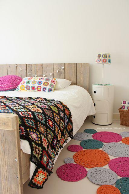 tapetes crochê para quarto