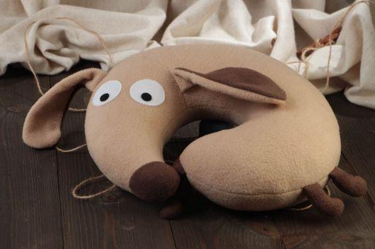 almofada infantil formato de cão