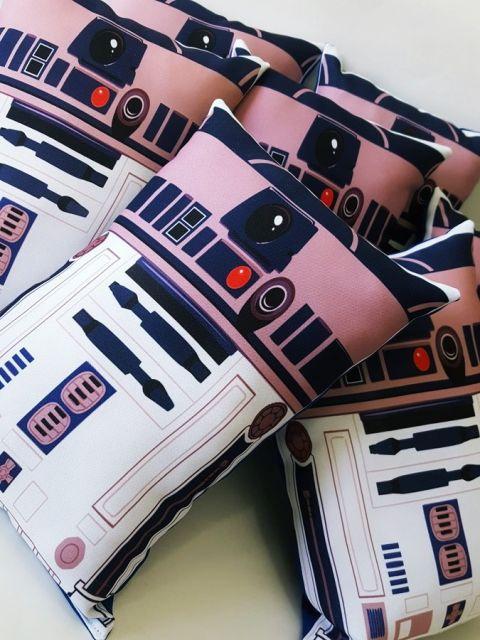 almofada infantil robô star wars