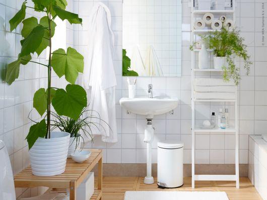 decoração com plantas em vasos para banheiro