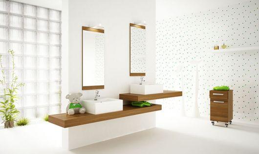 decoração com plantas em banheiro grande