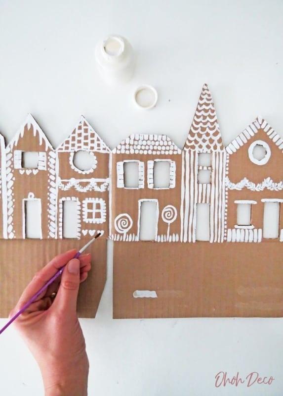 Decoração e artesanato com papelão reciclado