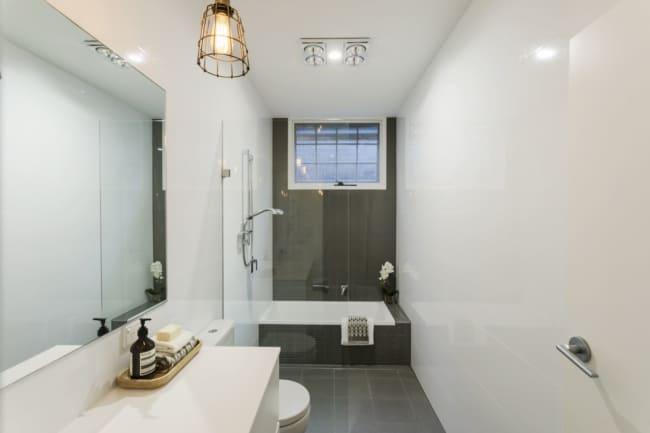 Luminária pendente e plafon para banheiro