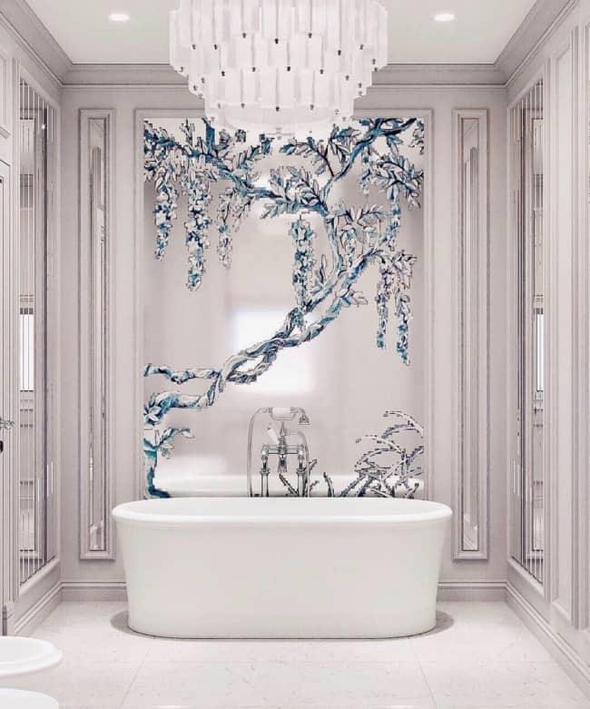 Lustre grande e diferente para banheiro luxuoso