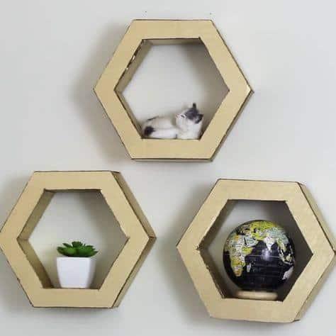 Nichos hexagonais de papelão