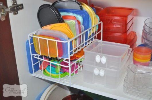 Tupperware como organizar armário de cozinha