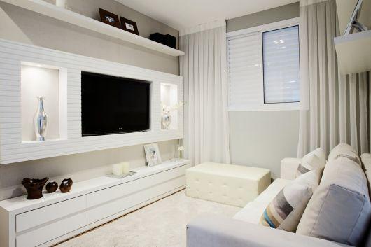 sala pequena TV
