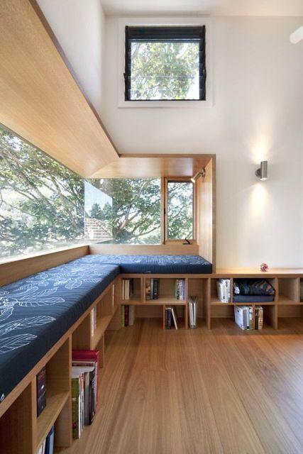 sala com janelas grandes