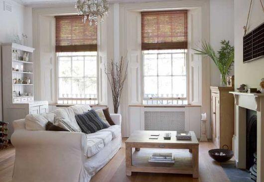 janela com cortina