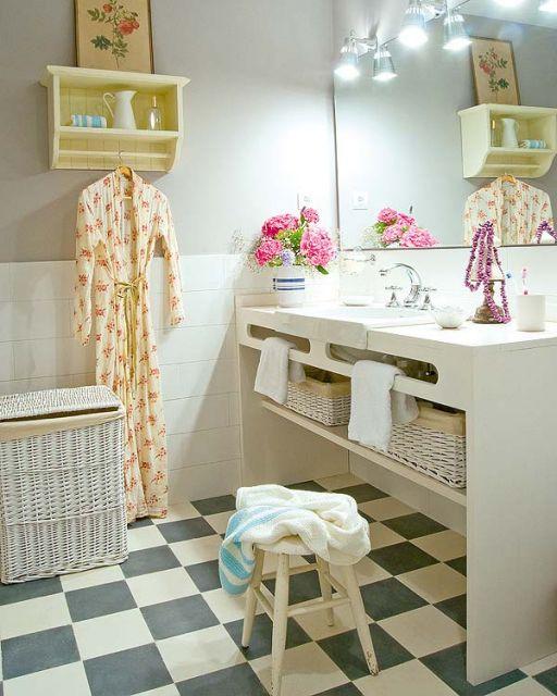 Lustre para banheiro moderno.
