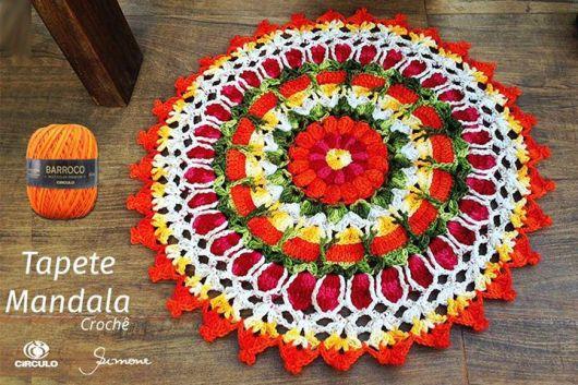 tapete redondo de barbante estilo mandala, vermelho, amarelo, branco e verde