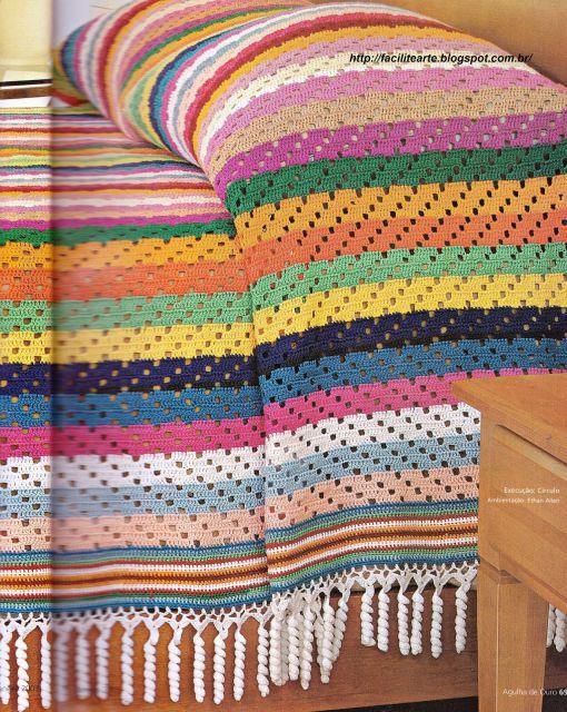Colcha de Crochê colorida com cores quentes