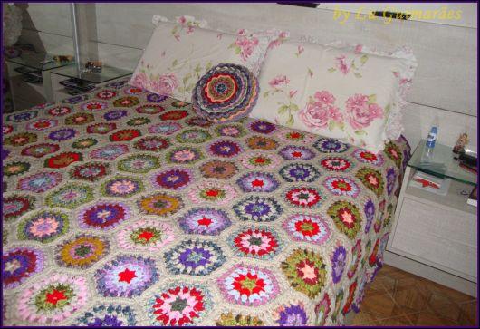 Colcha de Crochê de casal com flores